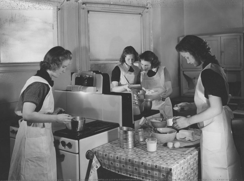 Do they still teach Home Ec? | Adventures of a Modern Day Home Ec ...